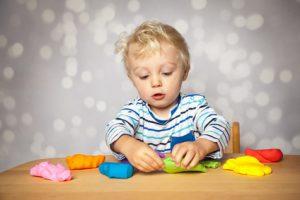 Ist Kinderknete unbedenklich?